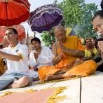 Luang Pi ya performs Ceremonial Chanting during Wai Kroo